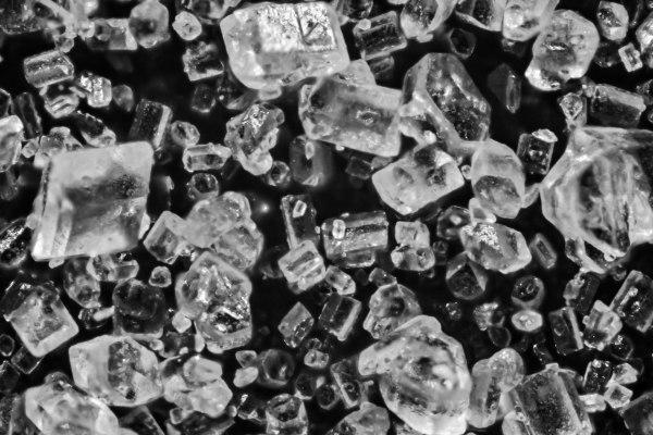 Macro de cristais de açúcar.